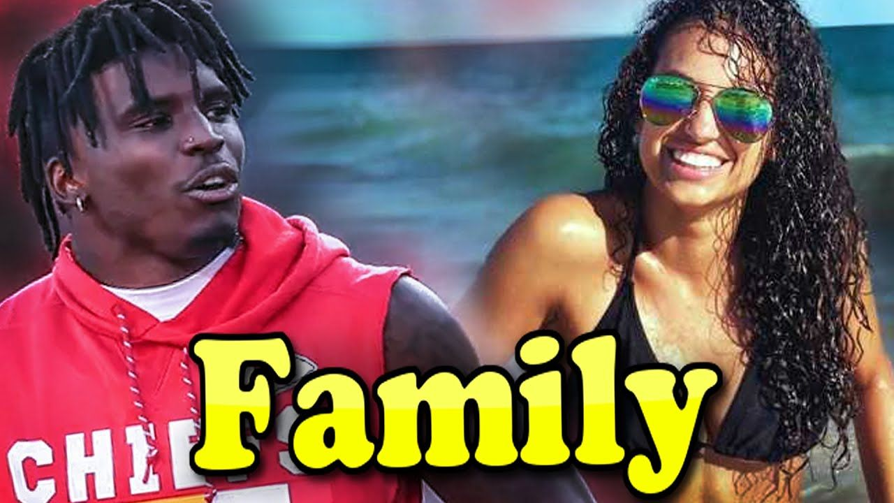 Tyreek Hill Family With Father,Mother and Girlfriend