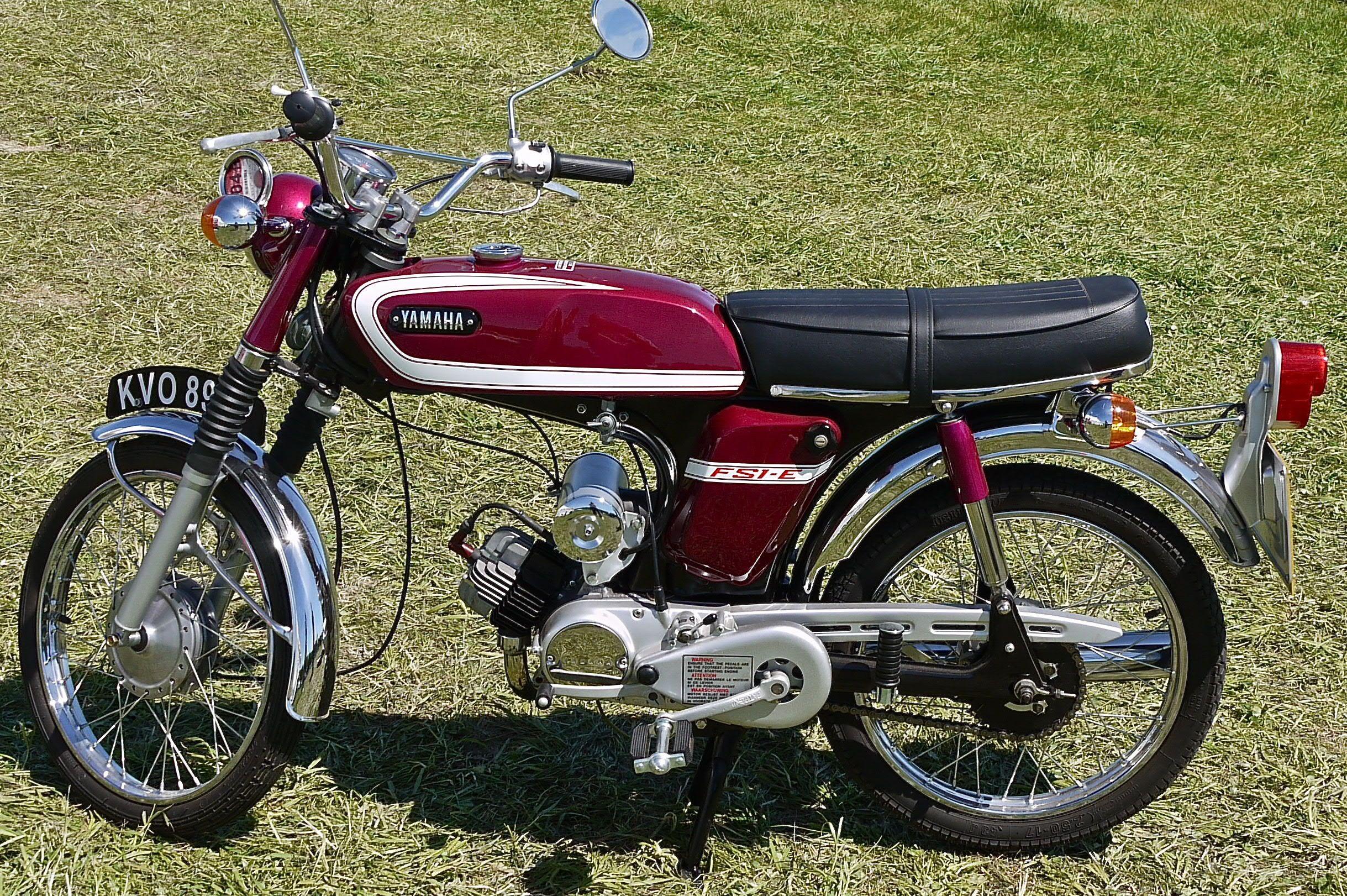 yamaha fs1 e google zoeken mijn vervoer door de jaren heen pinterest mopeds 50cc moped. Black Bedroom Furniture Sets. Home Design Ideas