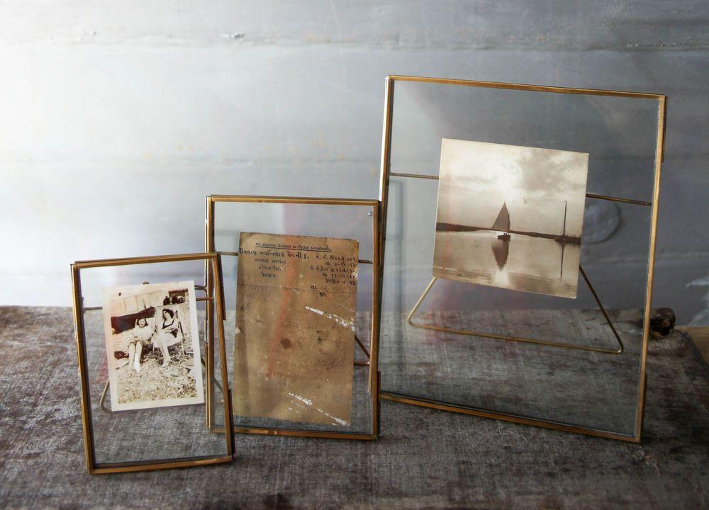 Moderne Verre Clair Pendaison//Free Support Photo Cadre Photo Portrait en laiton Noir