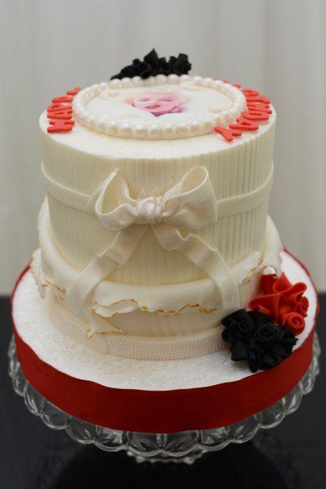 Marilyn Monroe Inspired Cake Weddings And Events Pinterest