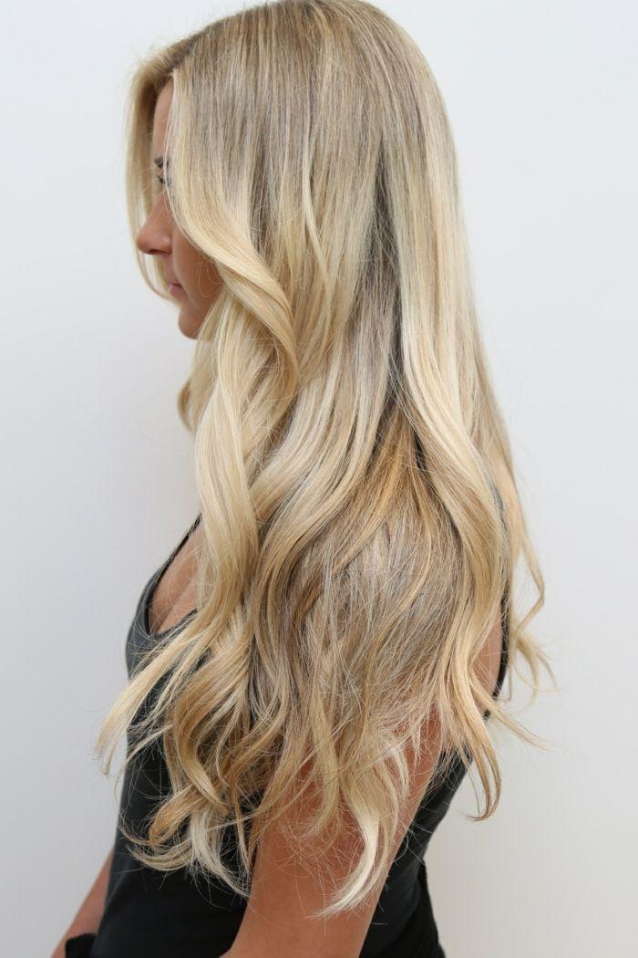 id e coiffure description couleur blonde cheveux longs. Black Bedroom Furniture Sets. Home Design Ideas