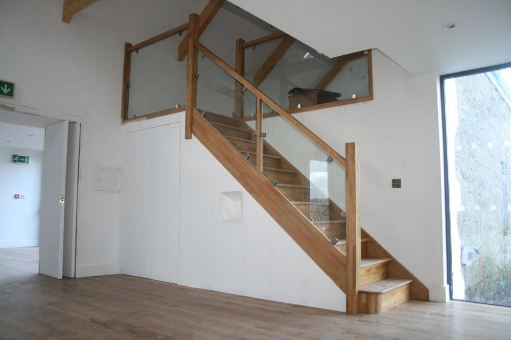 This Staircase Has An Almost Floating Step Effect With