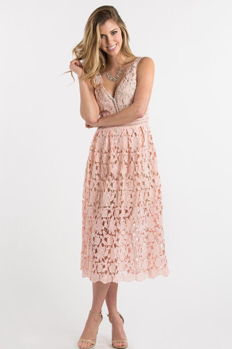 Isabella Pink Lace Crochet Midi Dress | Ponerse y Cosas