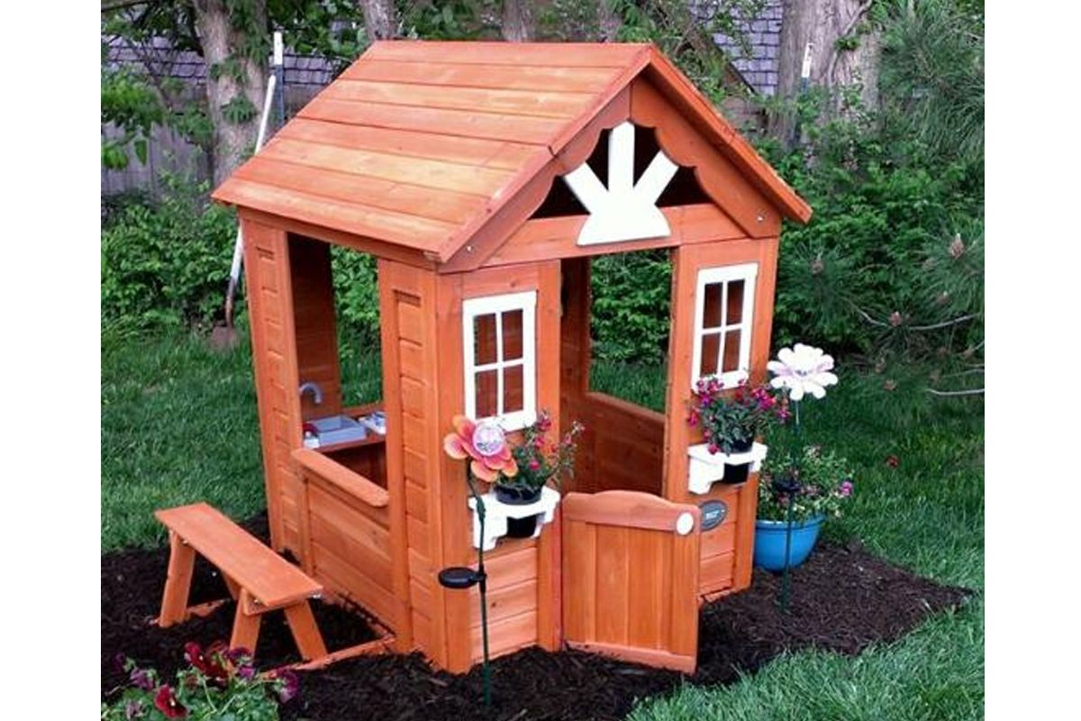https www selwood com wooden playhouses html our customers