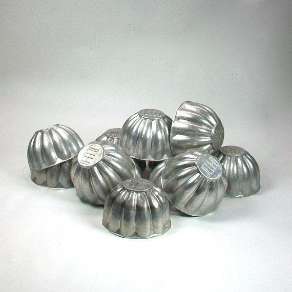12 Aluminum Fluted Jell-O Molds by OldRedHenVintage on Etsy