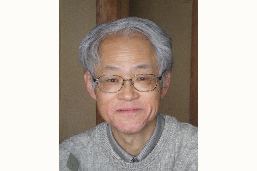 【広島県】小沢康甫さん(編集者、広島民俗学会理事)に聞きました。/Q.1現在,瀬戸内で取り組んでいる仕事,活動を教えて下さい。………A.広島市内の出版社で校正・編集をしています。2007年刊行の『瀬戸内海事典』(南々社)に企画・分担執筆で携わりました。以来、興味を抱いた食文化の取材を重ね、「探訪・おいしい瀬戸内―foodと風土」をテーマに講演活動をしています。12年には『みるきくたべる祭―リズム―中四国を歩く』(南々社)を出版しました。瀬戸内の祭り・民俗芸能に絞ったツアープランを思い描いています。 #Hiroshima_Japan #Setouchi