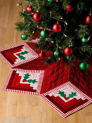 Holiday Tree Skirt Log Cabin Quilts W Methods 30 Design Quilting Pattern Book Christmas Tree Skirts Patterns Christmas Quilts Xmas Tree Skirts