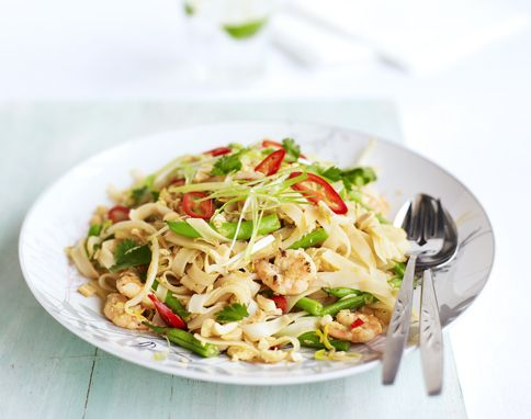 Delicious Pad Thai By Jamie Oliver One That Doesn T Require Ketchup