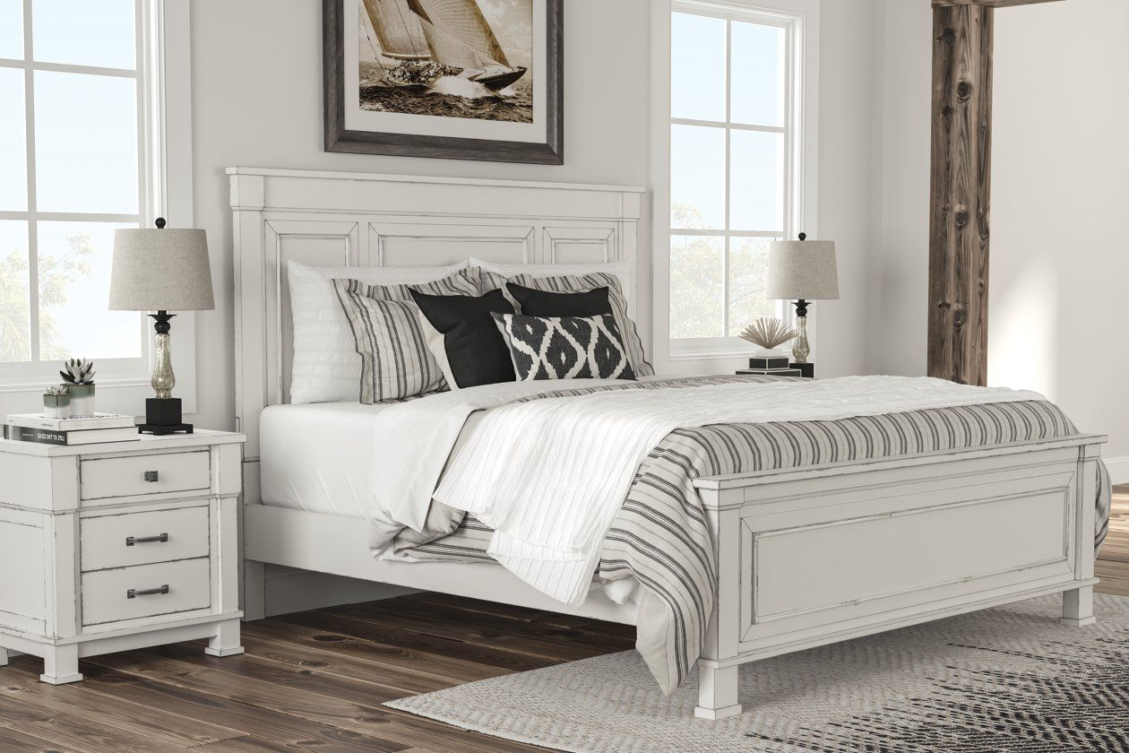 Jennily Queen Bed With 2 Nightstands Furniture Bedroom Sets