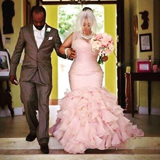 Dusty rose is the picture of perfection. | 21 Brides Too Bold For White Wedding Dresses