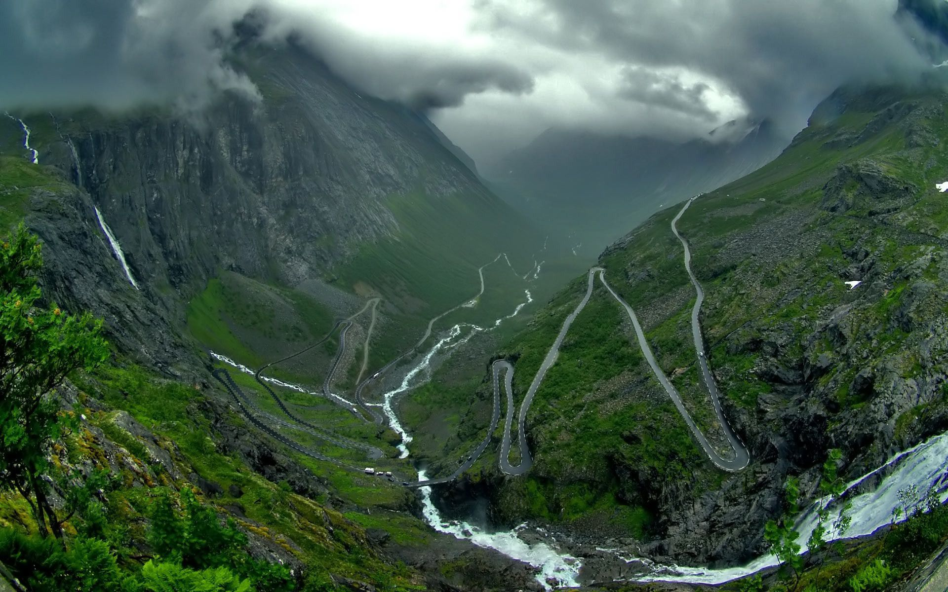 rare roads in the world Download Bendy mountain road