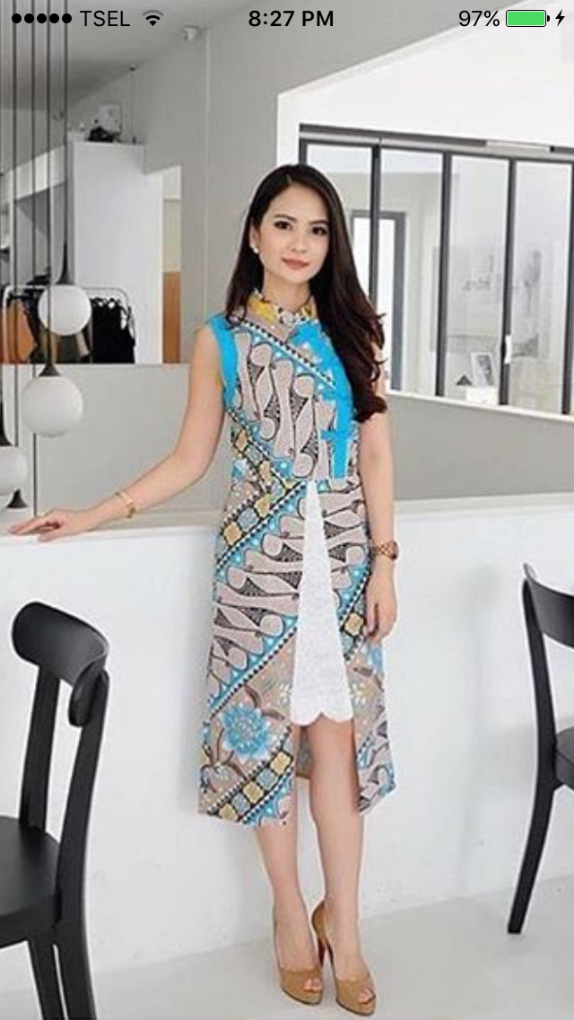 Foto Model Pakai Baju Begini