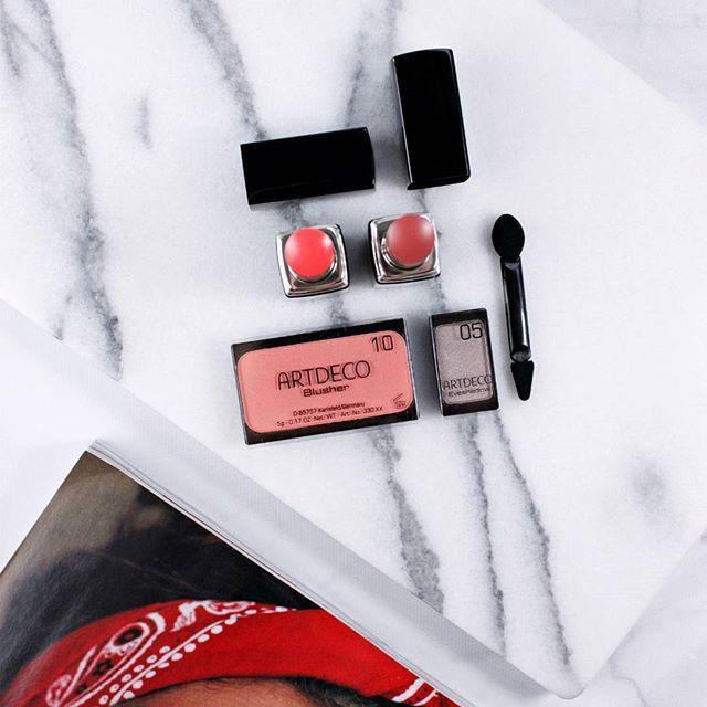 What's your latest beauty re-discovery? I'm still obsessing over @artdecobeautyusa makeup that i used to love in high school😍😍#artdecobeautyusa #artdecobeauty #artdecocosmetics