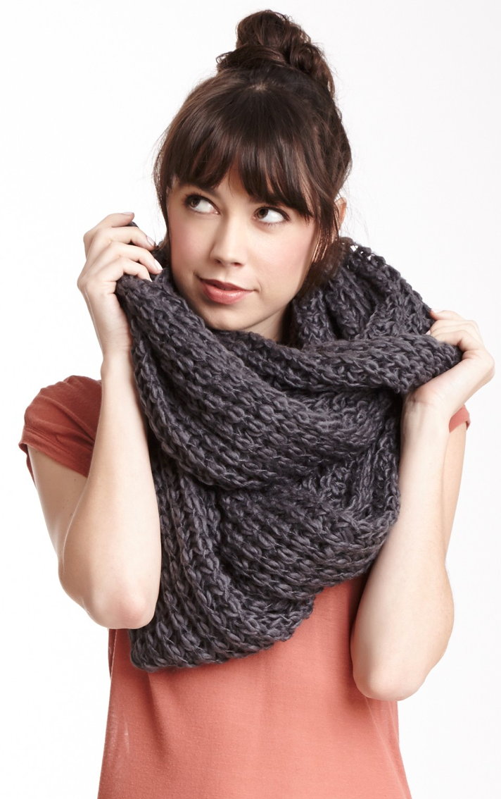 Chunky knit scarf | Accessories | Pinterest | Chunky knit ...
