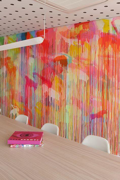 AuBergewohnlich Für Eine Kleine Wand   WOW   Dripping, Wand über Bett. Acrylfarbe, Neon Und  Gold Und Schwarz.