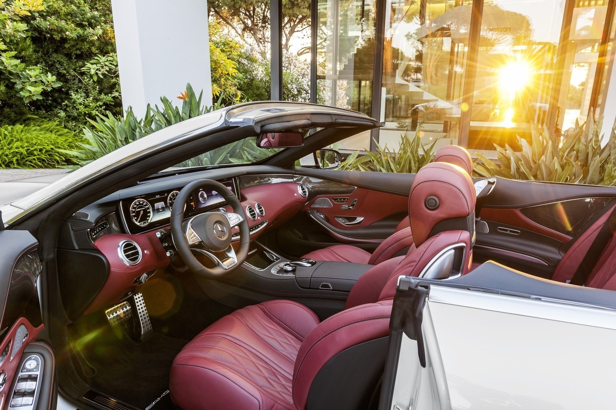 The Amazing Interior Of New Mercedes Amg S 63 Cabriolet Benz Lays Claim To Building World Most Comfortable Convertible