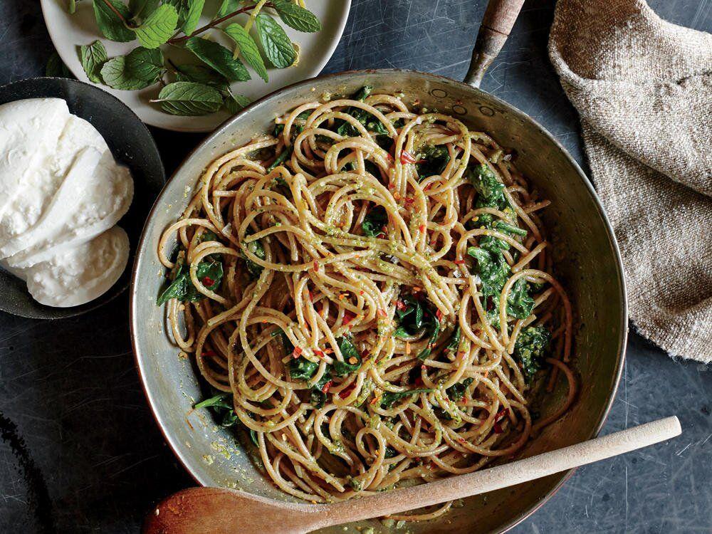 Pistachio Mint Pesto Spinach Spaghe