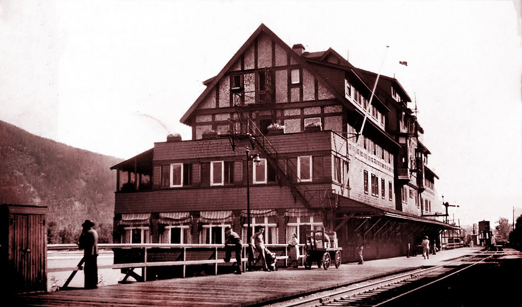 """In the early 1900s the Sicamous Hotel was built. It had 75 rooms and a large elegant dining room.  The hotel burnt down in 1964.  -- Sicamous Chamber of Commerce  Photographed by Anson McNish (1878-1960) Scanned by John Mack, Heritage Place Museum,  Lyn, Ontario ---------- Anson was traveling out west. His wife, Nettie, had died in 1944.  Their daughter, Florence, had died in 1928. ---------- """"This 75-room Tudor half-timbered hotel and station on the edge of Shuswap Lake was a 1910 expan..."""