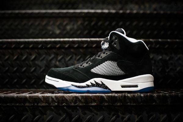 Great Photos Oreo Air Jordan 5 Retro Theshoegame Com Sneakers Information Air Jordans Air Jordan 5 Retro Sneakers