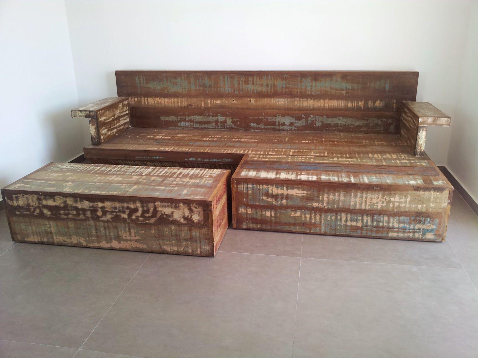 Marcio pisoni sof cama de madeira de demoli o r stico for Sofa cama rustico