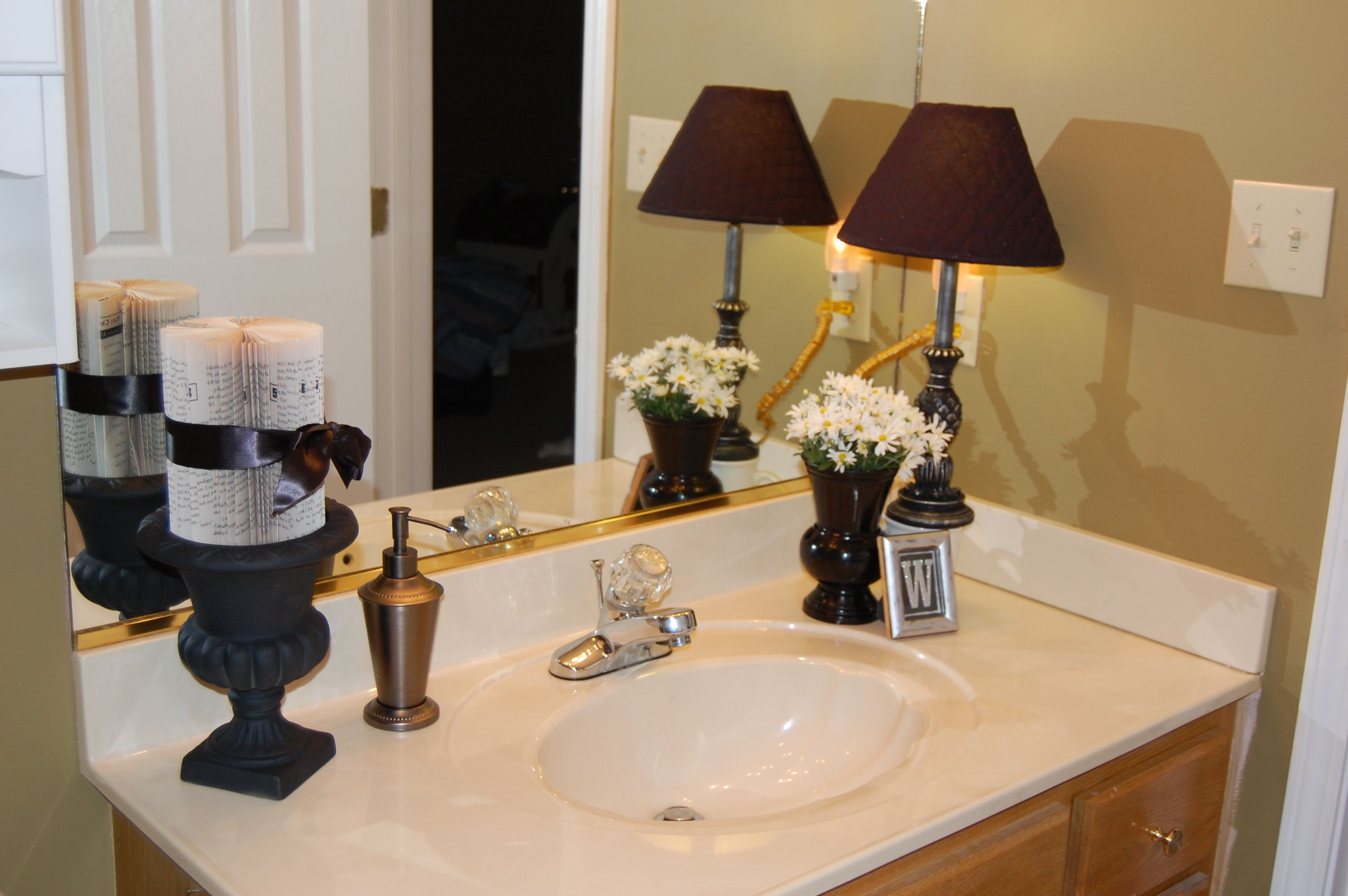 Bathroom Counter Decor Like The Wall Color Large Mirror And