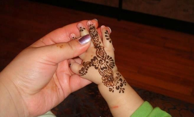 Mehndi Patterns For Small Hands : Latest awesome eid collection of mehndi designs for little angels