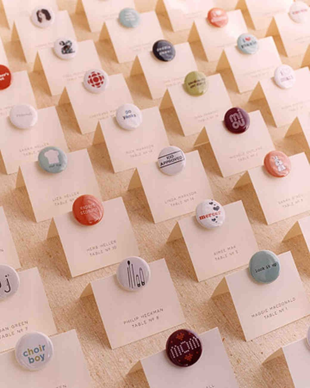 A Modern Wedding at a Hotel in New York City | Favours and Wedding