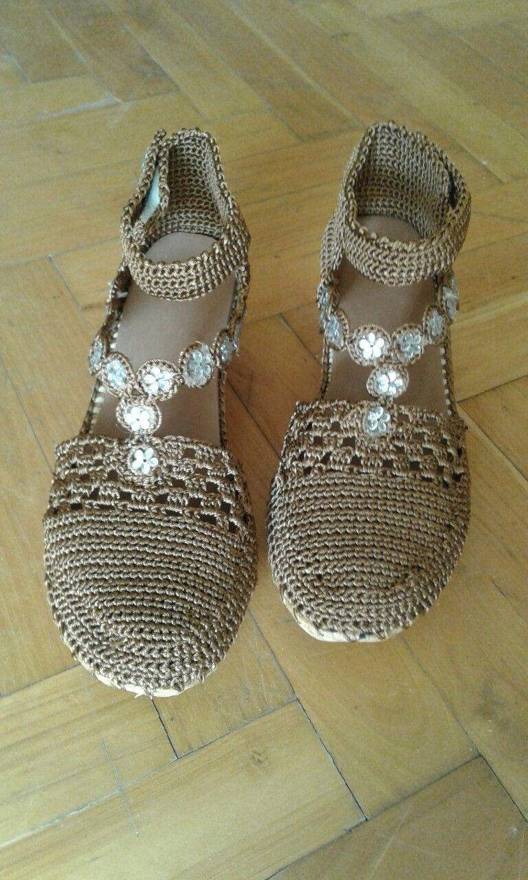 Pin de yudith betancourt en cholas tejidas | Zapatos