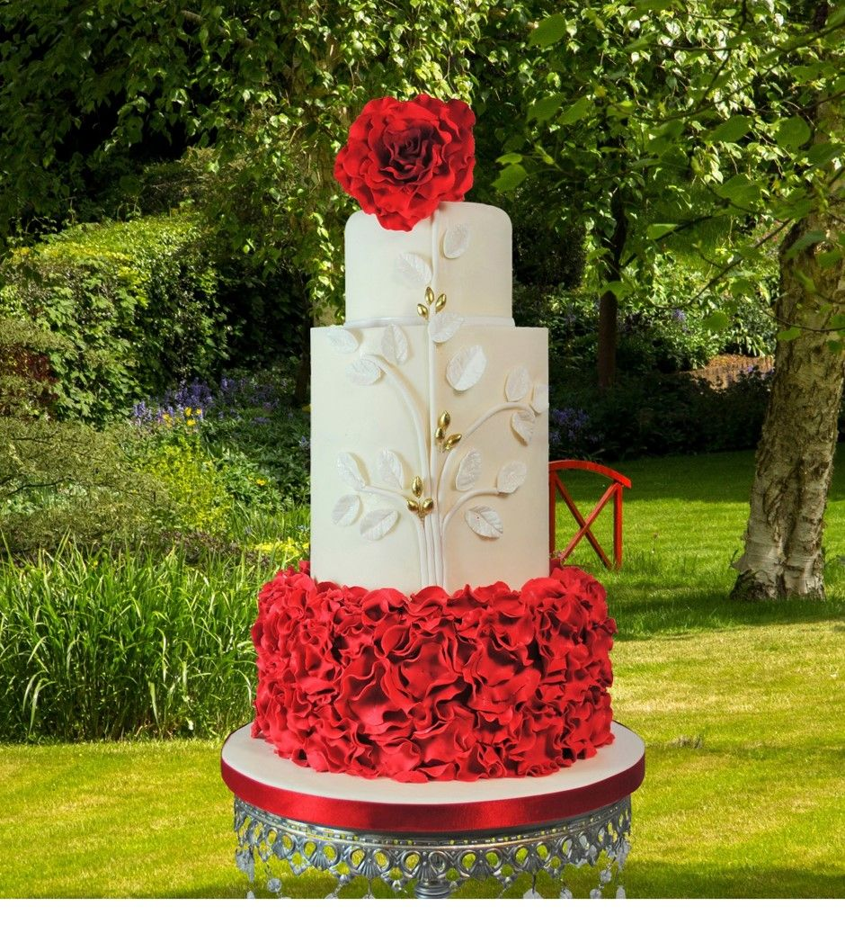 round wedding cakes with red roses wedding cakes wedding cake elaine rhule 19339