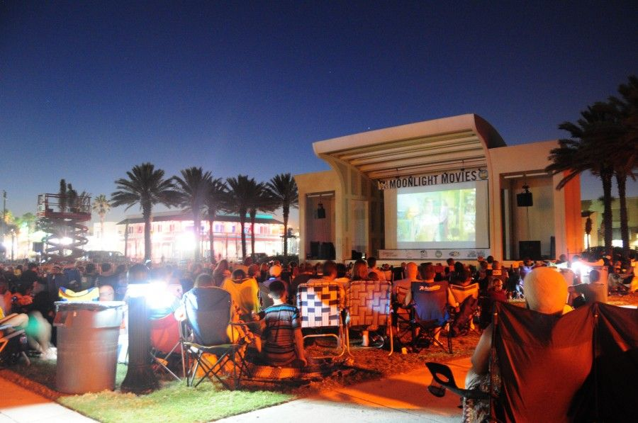 Moonlight Movies Seawalk Pavilion Jacksonville Beach Fl
