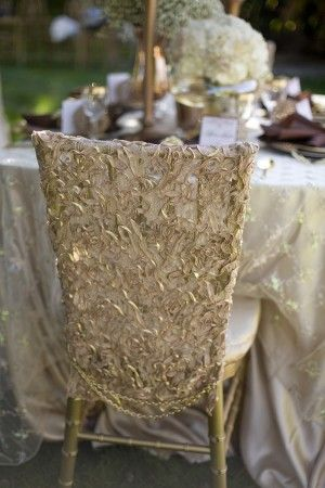Gold lace chairs colors for that extra touch. #FavorsUnlimitedFallinLove