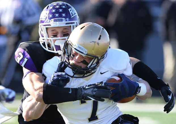 Mount Union Rallies Defeats John Carroll 31 24 With Time On Its