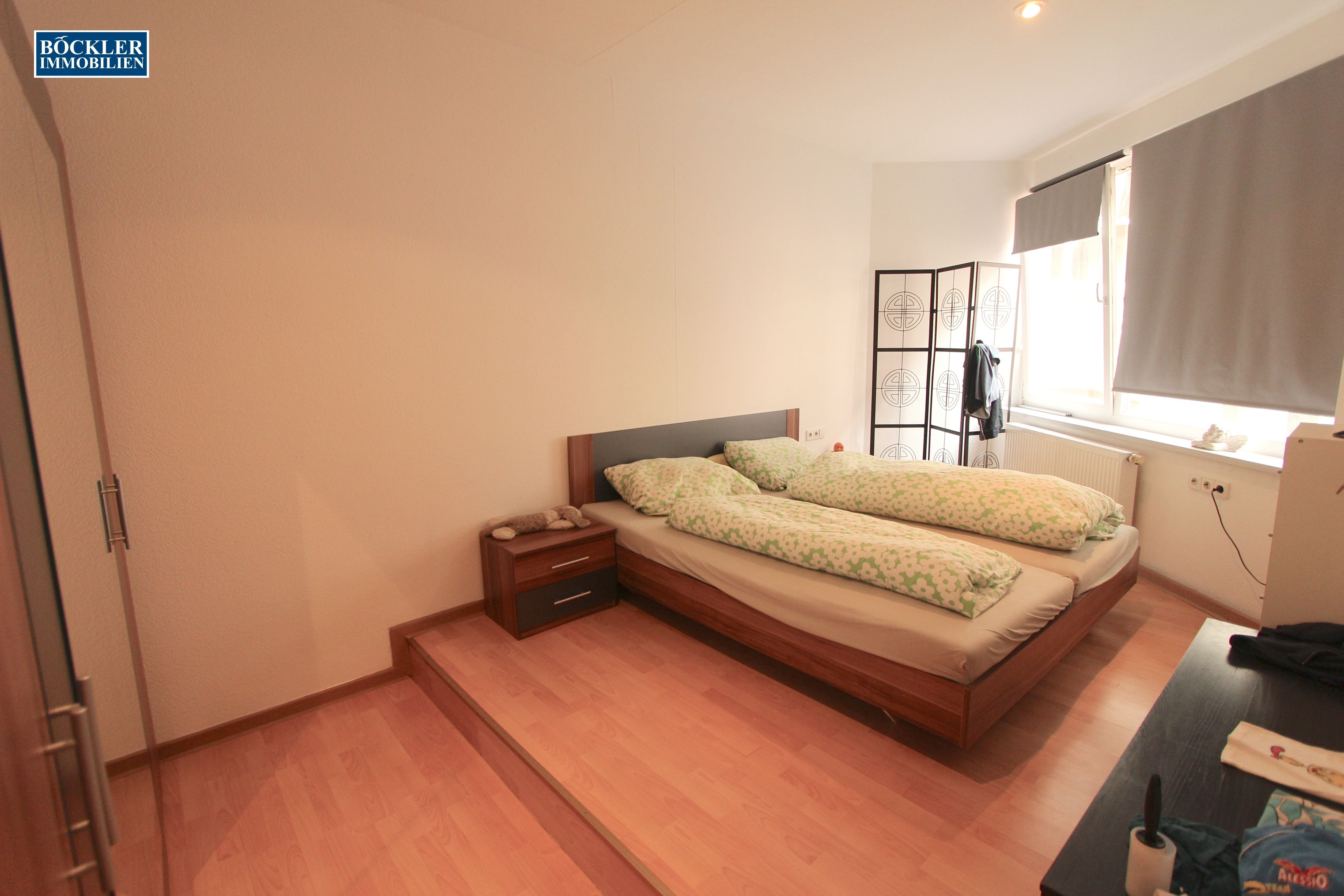 Hochgenuß - das Schlafzimmer mit der Stufe