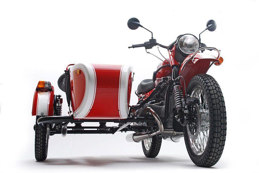 ¿Quiere ensuciarse? Buscando una motocicleta que puede viajar por esos caminos llenos de nieve como ningún otro? No busque más. De uso legal en las carreteras, 2WD, motocicleta todo terreno le en...