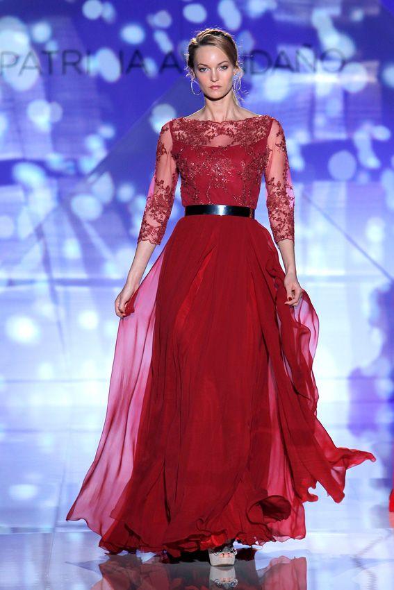 93b03a63d0 Doce vestidos de pasarela para una madrina espectacular