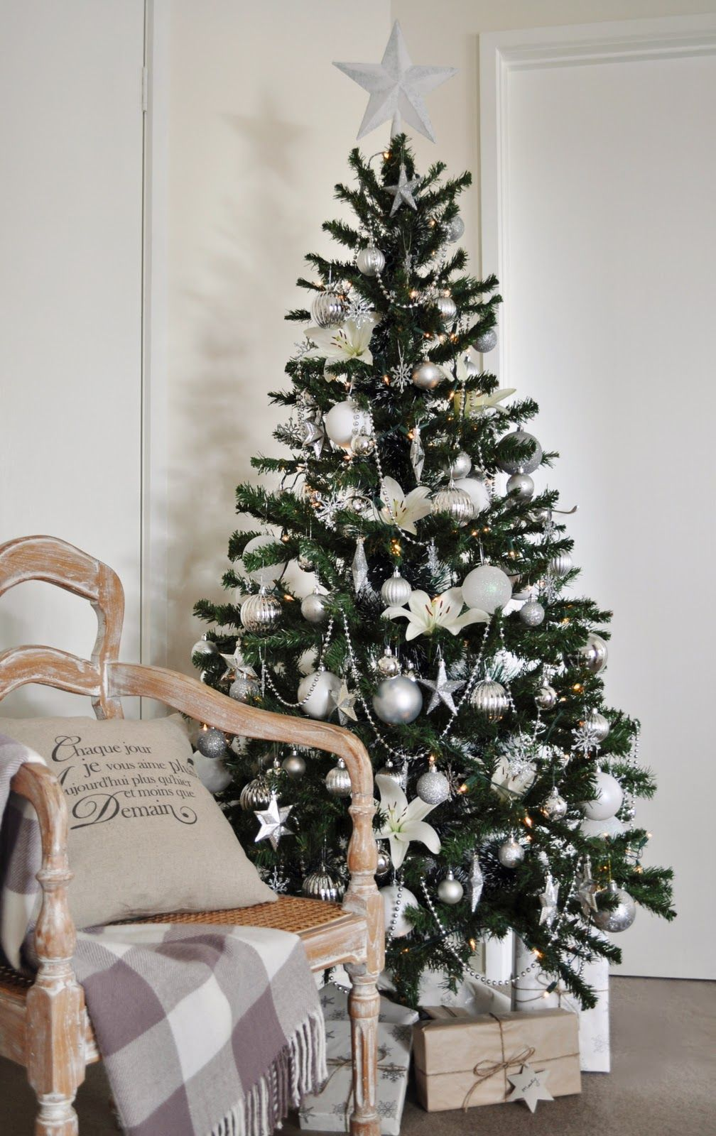 old fashioned Christmas tree - Google Search | Christmas Trees and ...