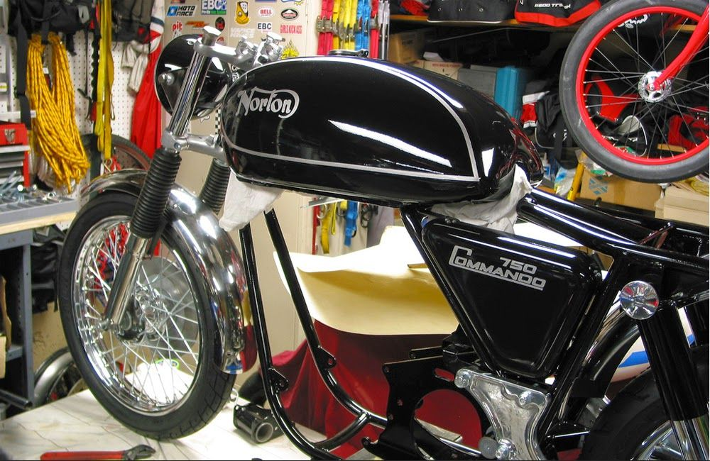 MotArt: Reviving the Norton by the Moto Alchemist