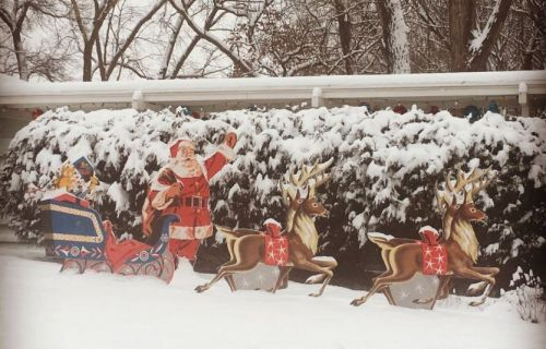 Nathan's plywood Santa, sleigh and reindeer lawn display made from New Old Stock patterns - Retro Renovation