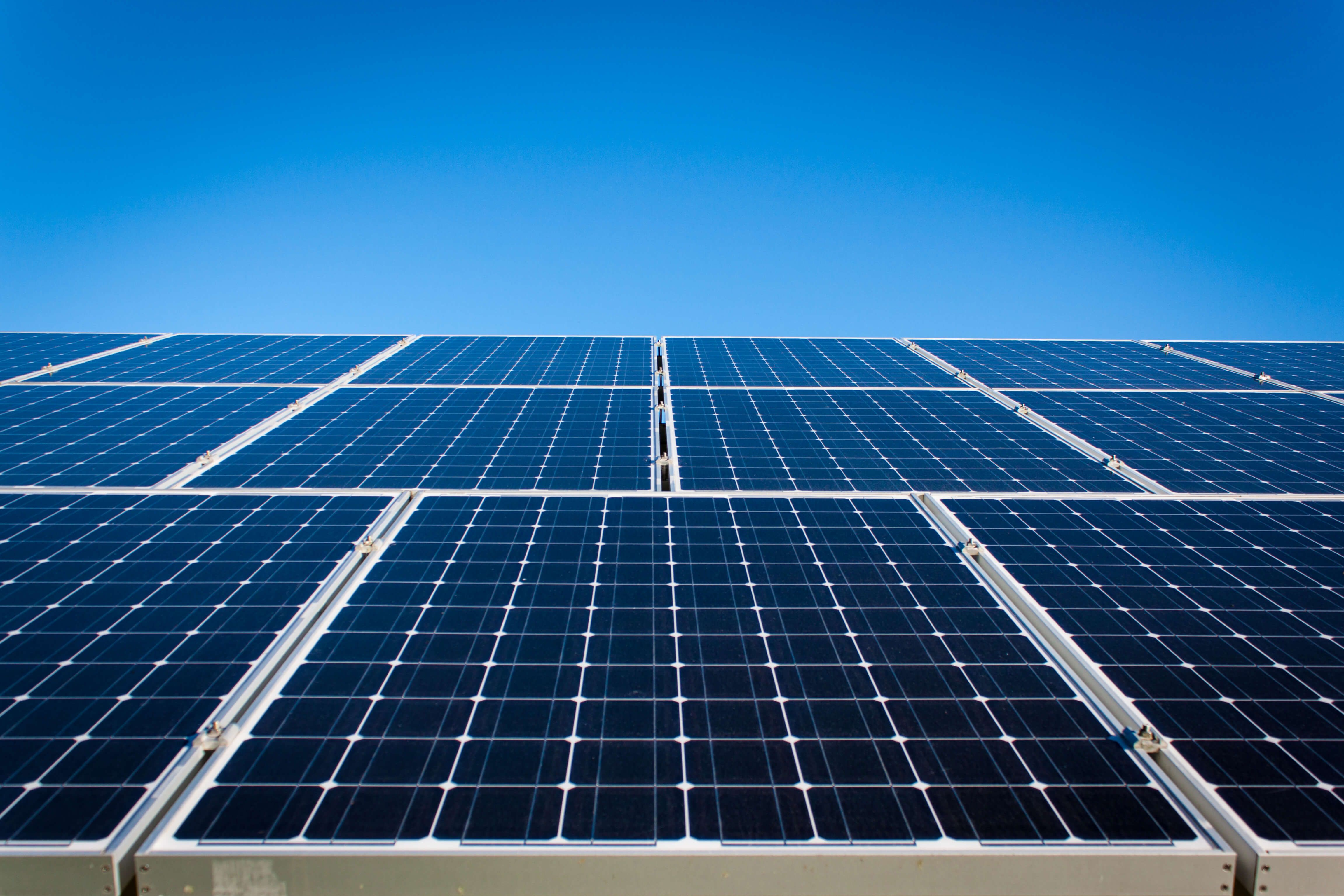 In This Guest Article The Author Argues Quot More Work Needs To Be Done To Calculate Solar Panels 39 Solar Panels For Home Solar Panels Best Solar Panels