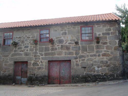 A Hilltop Home in Vila Fria, Portugal
