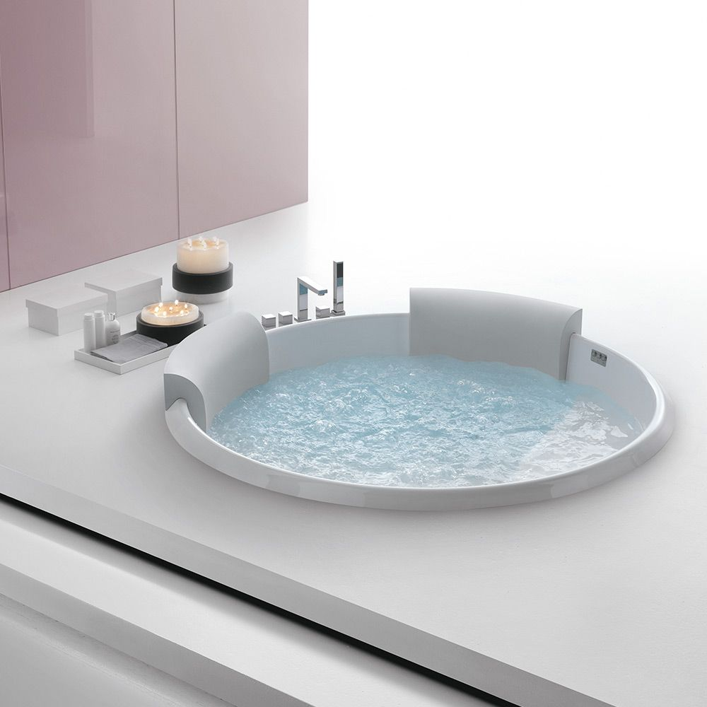 Bolla Infinity Dia 160 Whirlpool Bathtub by SaunaVita