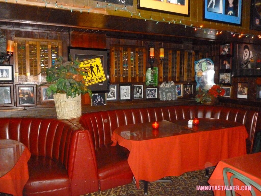 Rainbow Bar In Hollywood California Bars In Hollywood Bar Grill Rainbow Bar