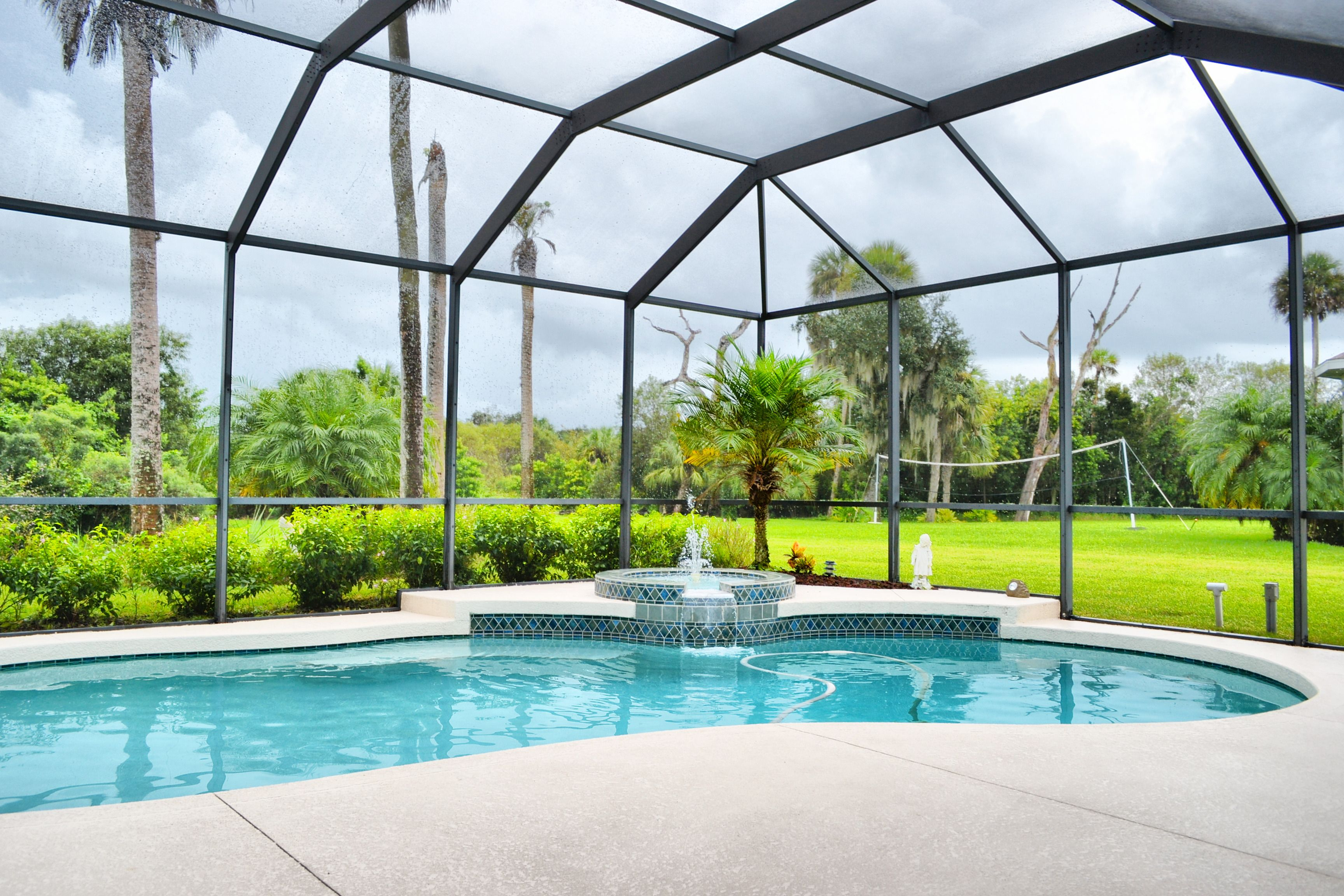 Parrish florida swimming pool fountain screened lanai for Florida lanai designs