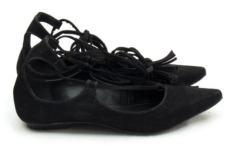 44147a8d6 Ana Mello Calçados Femininos - Sapatilha Preta de Nobuck com Tiras de  Amarrar - Sapatilhas