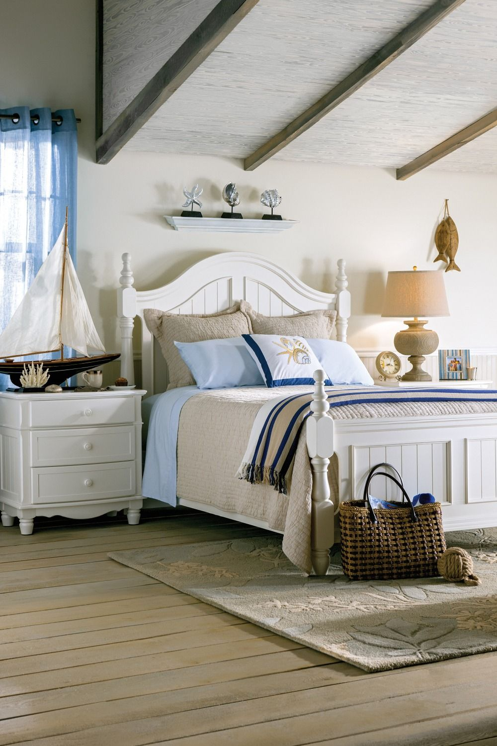 Invigorate your bedroom with the Willow Point 4piece