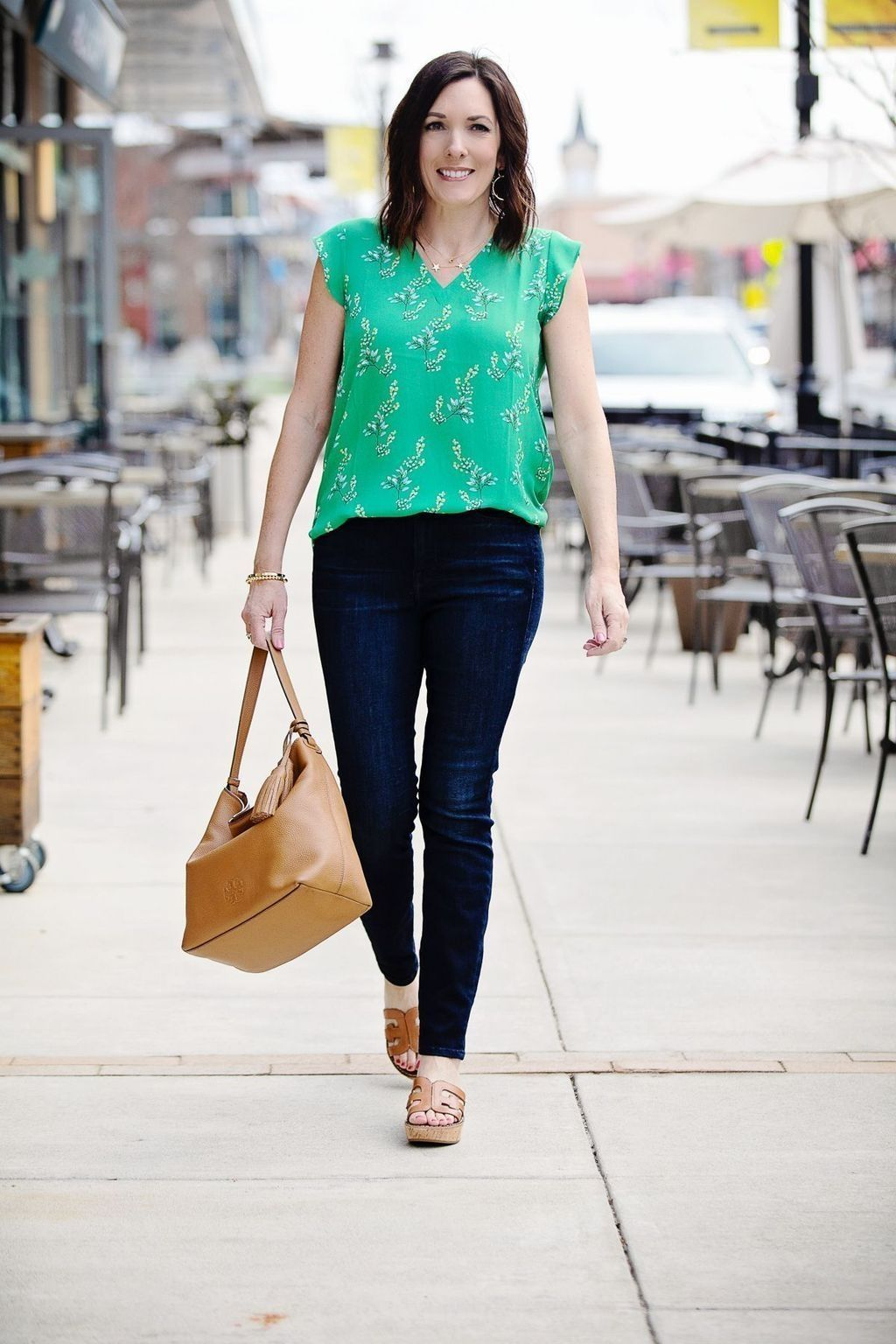 27 Elegant Summer Outfits Ideas For Women Over 27 Years Old - The
