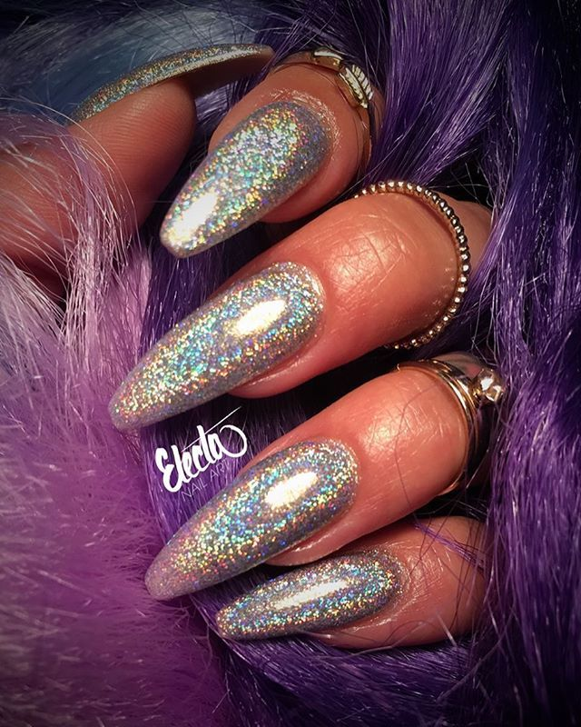 OBSESSED #hologasm Product used: Crystal Nails Prismatic Crystalac - OBSESSED #hologasm Product Used: Crystal Nails Prismatic Crystalac