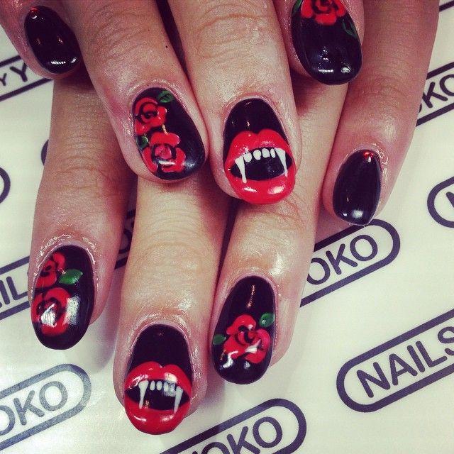 #halloween #halloweennails #nails #nailart #naildesign # ...