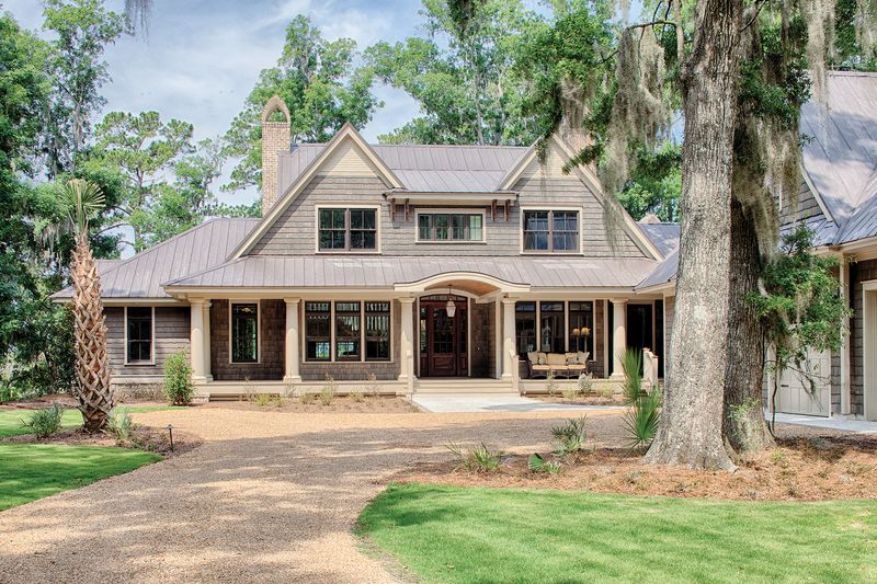 Country Style House Plan 4 Beds 4 5 Baths 4852 Sq Ft Plan 928 1 Shingle House Plans Country Style House Plans Farmhouse Style House Plans