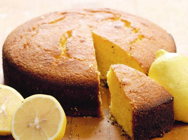 Here's a light lemon cake that you can prepare in any occasion. Semolina lemon cake